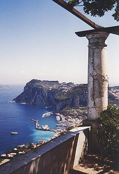 The beautiful Isle of Capri: No place for tears