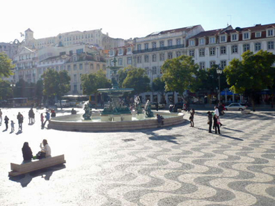 Wave pattern in the main square, Rossio neighborhood.