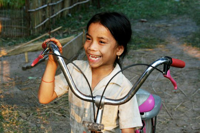 Cambodian_Girl_w_Bike