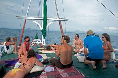 Parama_Boat_Sun_Deck